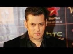 Salman Khan Mimics Shah Rukh Khan